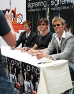 Signing session, Oslo